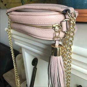G.I.L.I Italian Blush Pebbled Leather Bag